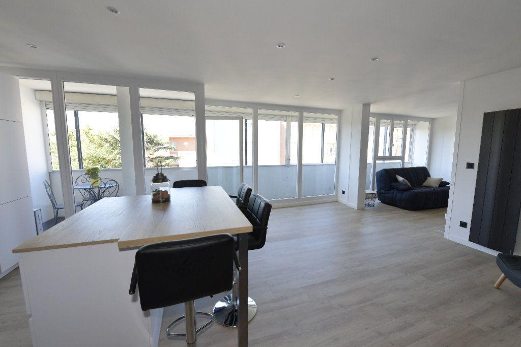 Appartement à vendre 3 89.26m2 à Clermont-Ferrand vignette-3