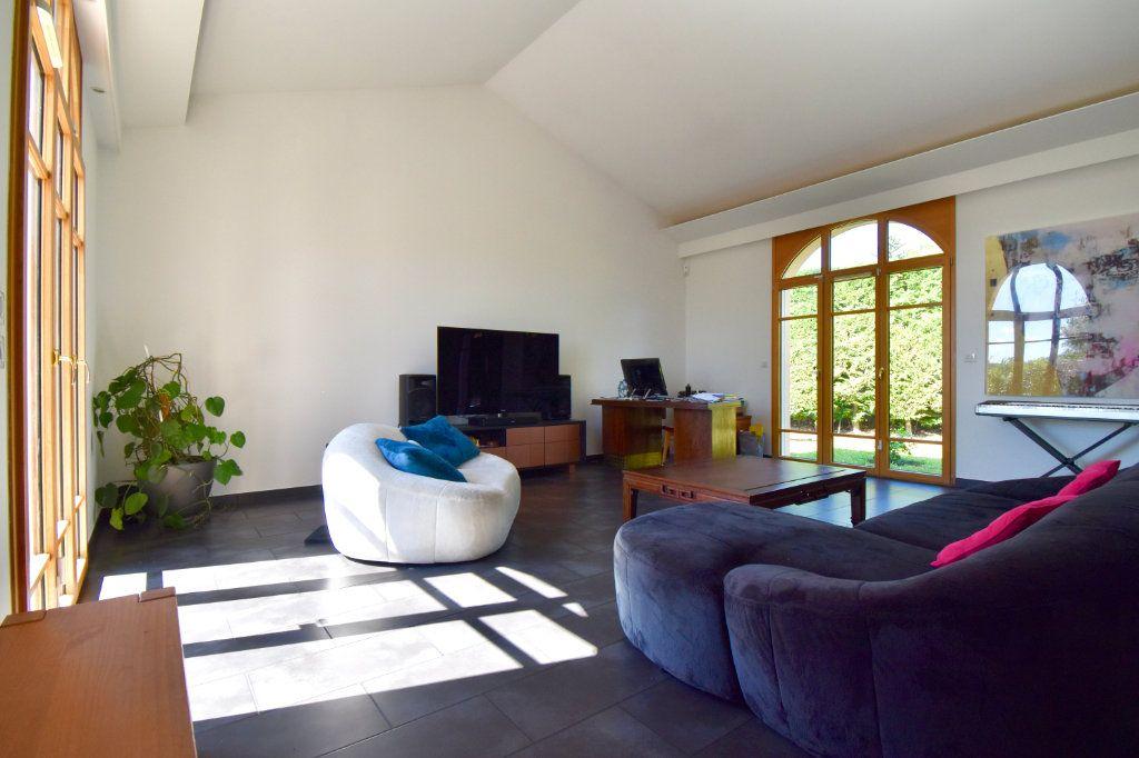 Maison à vendre 7 186m2 à Sainte-Foy-lès-Lyon vignette-4