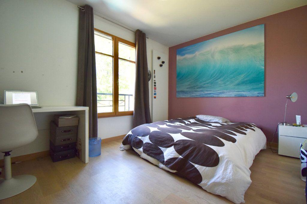 Maison à vendre 7 186m2 à Sainte-Foy-lès-Lyon vignette-9