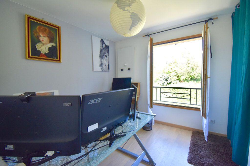 Maison à vendre 7 186m2 à Sainte-Foy-lès-Lyon vignette-12