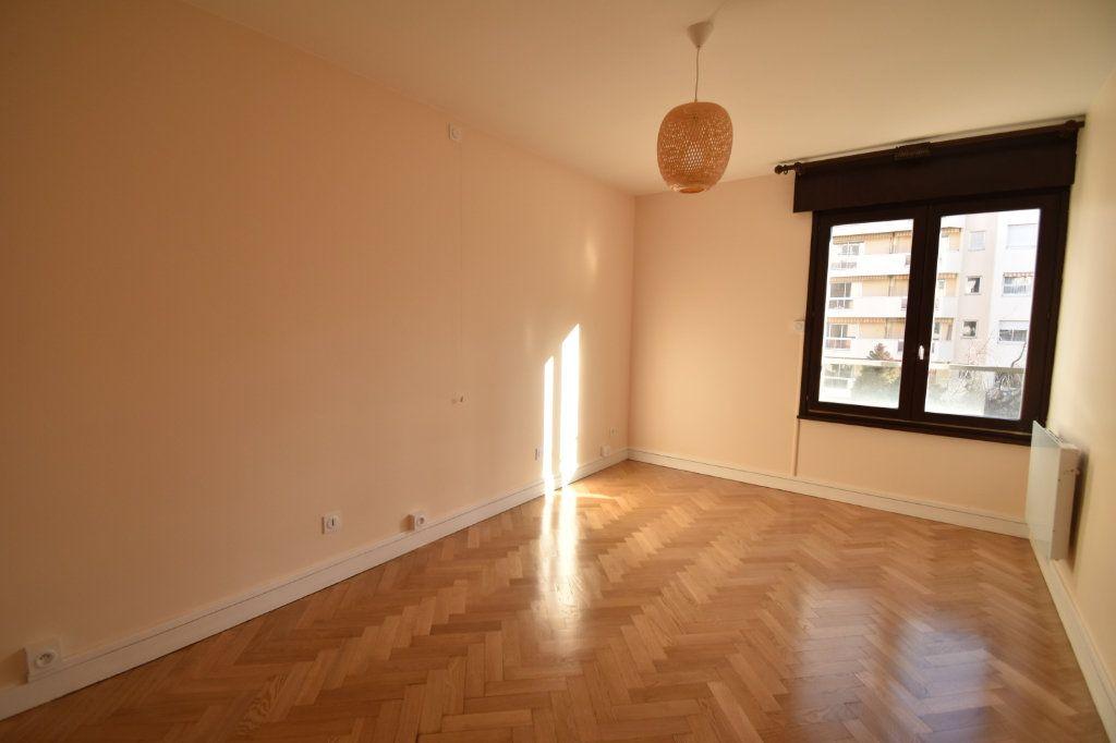 Appartement à louer 2 0m2 à Lyon 6 vignette-6