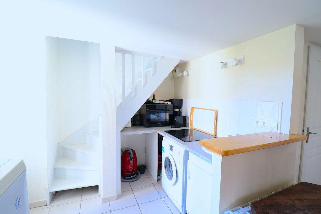Appartement à louer 3 40.53m2 à Lyon 5 vignette-10