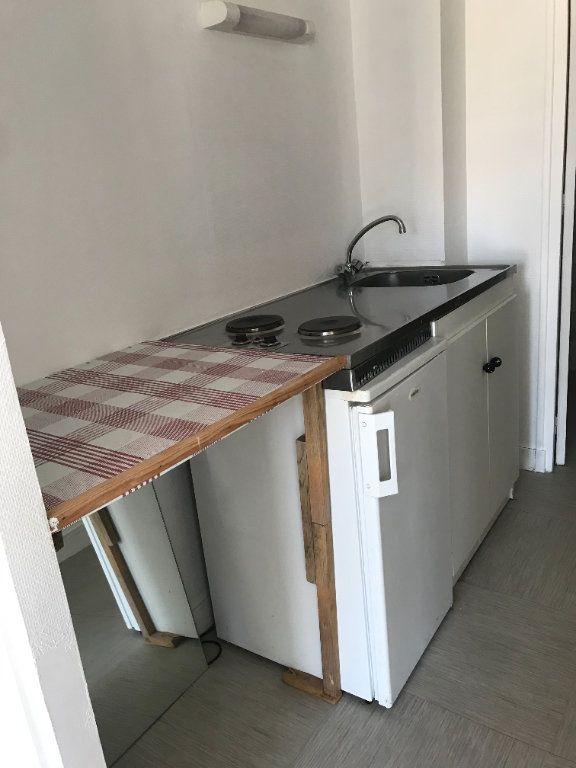 Appartement à louer 1 27.16m2 à Le Havre vignette-4