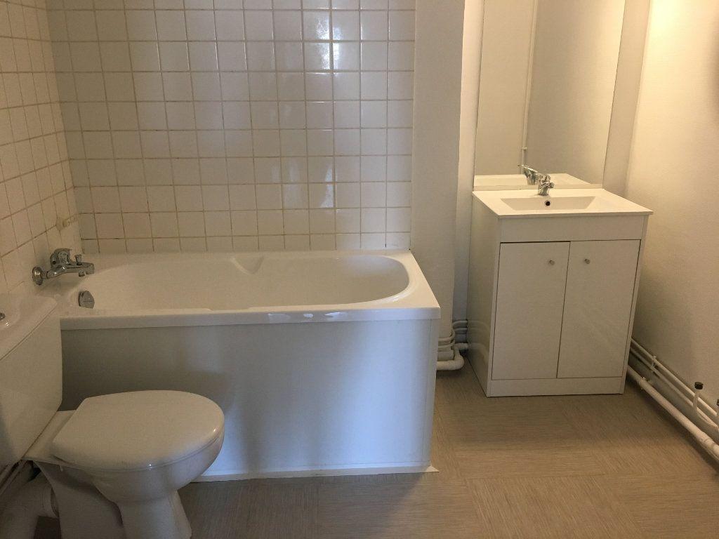Appartement à louer 1 27.16m2 à Le Havre vignette-5