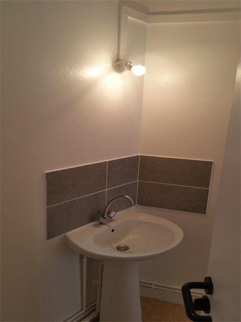 Appartement à louer 3 61.15m2 à Le Havre vignette-3