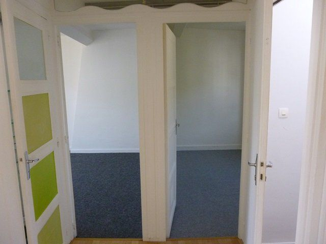 Appartement à louer 3 47.3m2 à Sainte-Adresse vignette-2