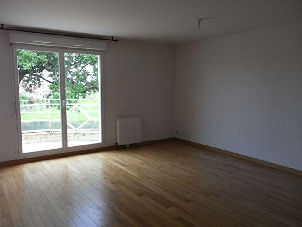Appartement à louer 3 71.43m2 à Manneville-sur-Risle vignette-2