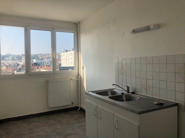 Appartement à louer 4 67.58m2 à Le Havre vignette-5
