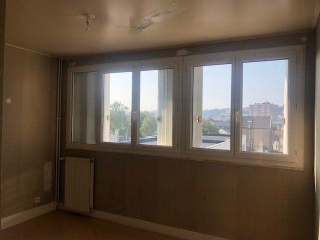 Appartement à louer 4 67.58m2 à Le Havre vignette-6