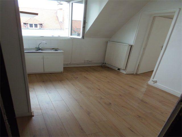 Appartement à louer 2 31.6m2 à Le Havre vignette-2