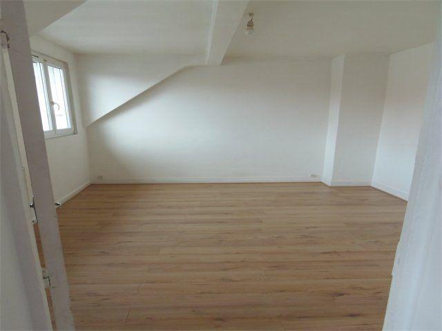 Appartement à louer 2 31.6m2 à Le Havre vignette-3