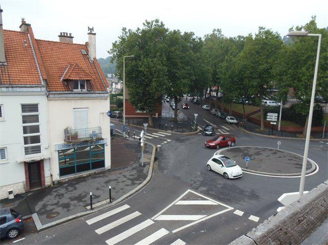 Appartement à louer 2 31.6m2 à Le Havre vignette-6