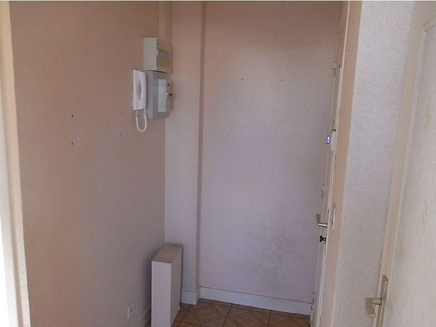Appartement à louer 4 64.66m2 à Le Havre vignette-5
