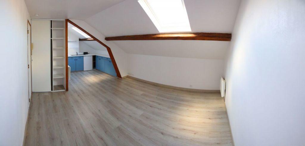Appartement à louer 1 24m2 à Le Havre vignette-1