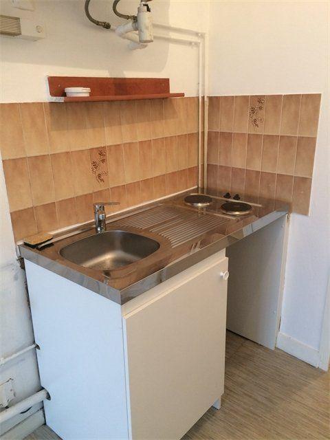 Appartement à louer 1 17.88m2 à Le Havre vignette-2