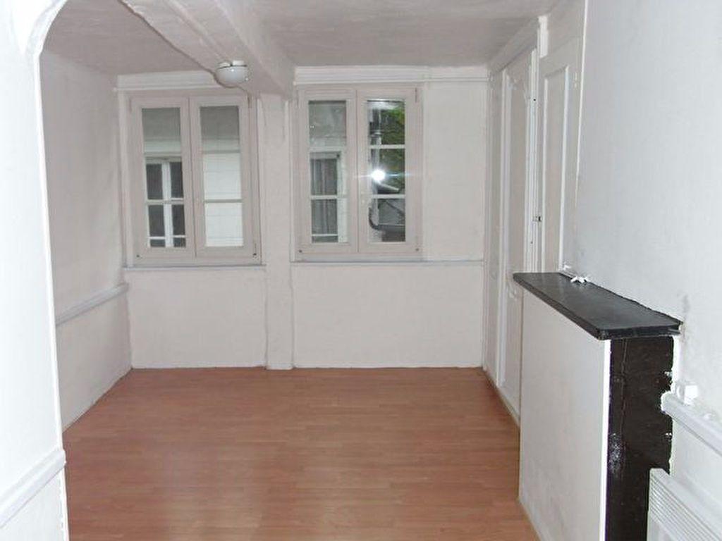 Appartement à louer 3 59.7m2 à Pont-Audemer vignette-3