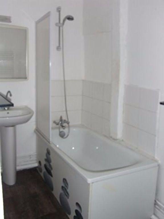 Appartement à louer 3 59.7m2 à Pont-Audemer vignette-4
