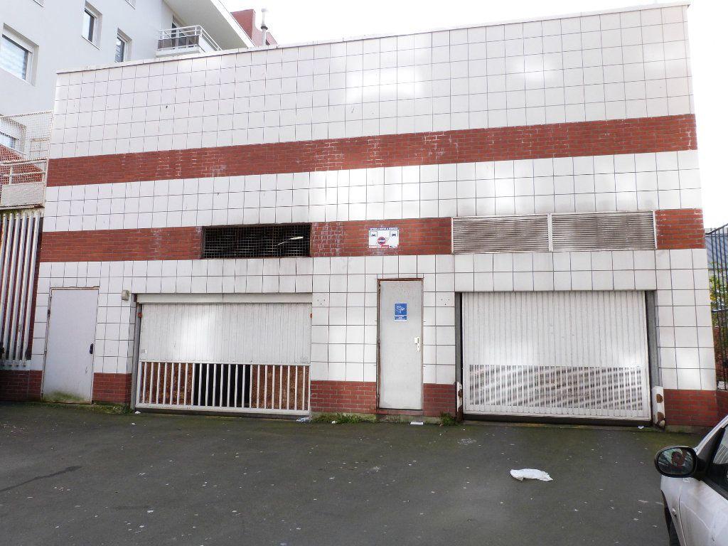 Stationnement à vendre 0 16m2 à Le Havre vignette-1