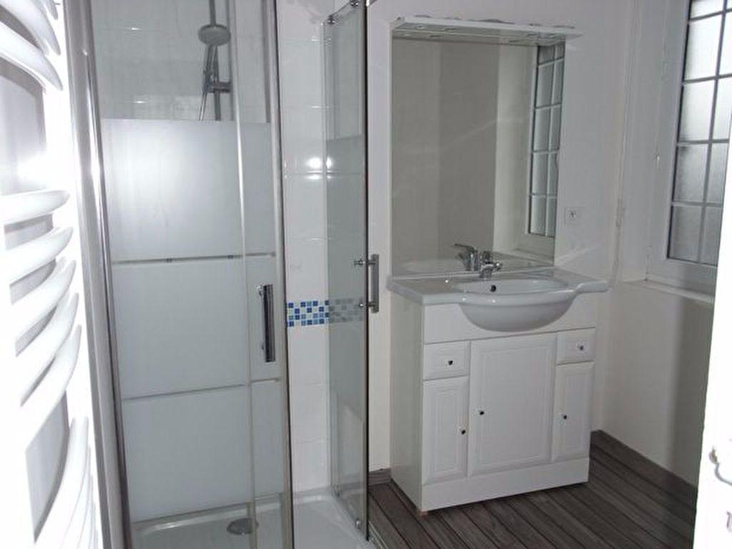 Appartement à louer 3 87.43m2 à Bourgtheroulde-Infreville vignette-6