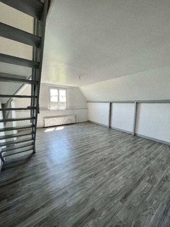 Appartement à louer 3 56.55m2 à Beuzeville vignette-1