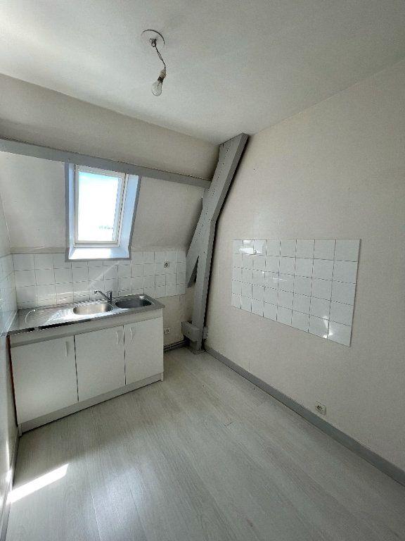 Appartement à louer 3 56.55m2 à Beuzeville vignette-2