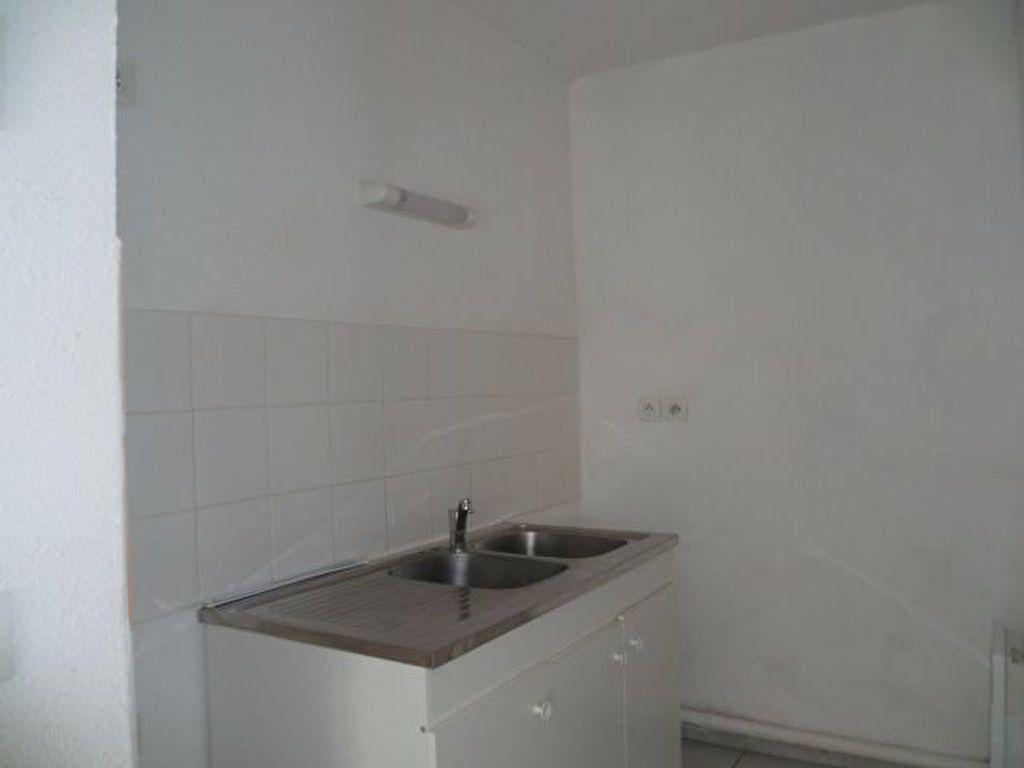 Appartement à louer 2 42.22m2 à Beuzeville vignette-3