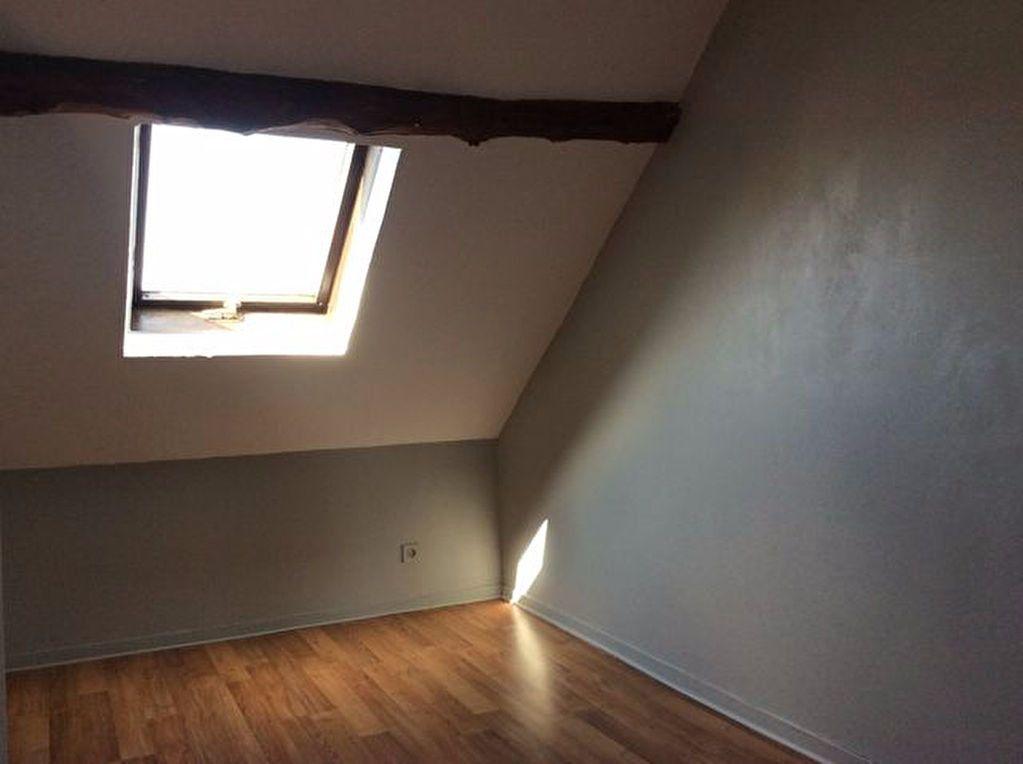 Appartement à louer 3 29.63m2 à Bourg-Achard vignette-3