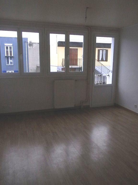 Appartement à louer 3 61.03m2 à Le Havre vignette-2