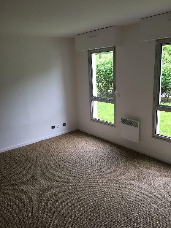 Appartement à louer 1 39m2 à Sainte-Adresse vignette-1