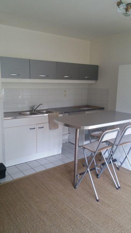 Appartement à louer 2 45.9m2 à Sainte-Adresse vignette-1
