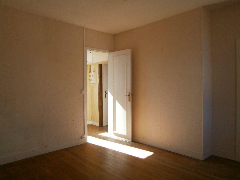 Appartement à louer 1 31.23m2 à Cormeilles vignette-3