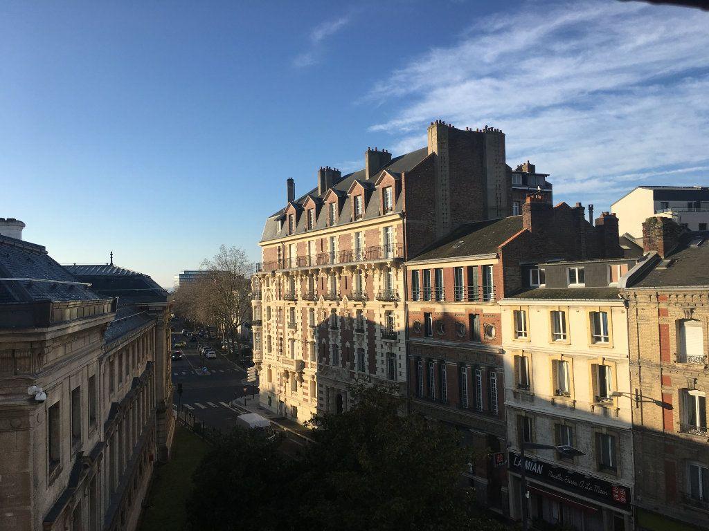 Appartement à louer 1 19.22m2 à Le Havre vignette-1