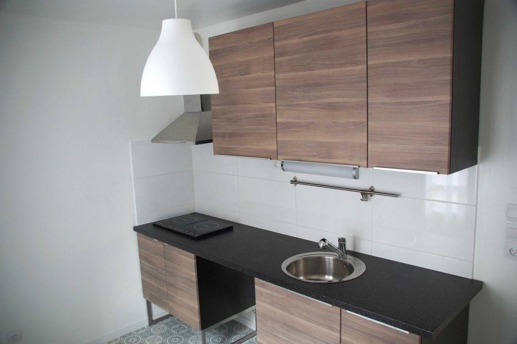Appartement à louer 2 49.05m2 à Le Havre vignette-1