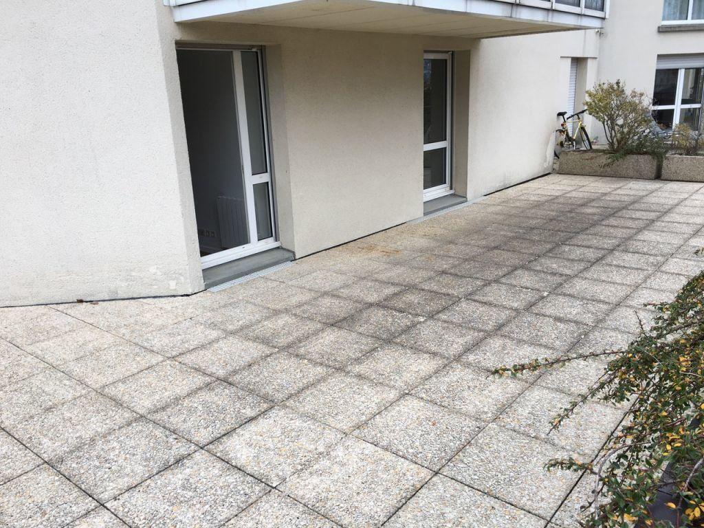Appartement à louer 2 60.7m2 à Sainte-Adresse vignette-2