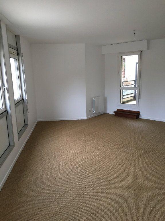 Appartement à louer 2 60.7m2 à Sainte-Adresse vignette-3
