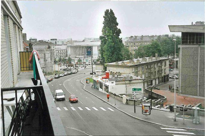 Appartement à louer 3 81.9m2 à Le Havre vignette-1