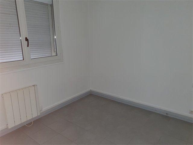 Appartement à louer 1 24.82m2 à Le Havre vignette-3