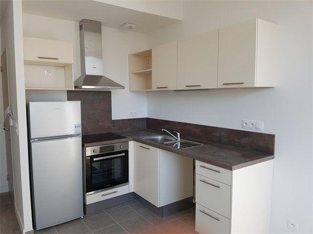 Appartement à louer 2 35.75m2 à Le Havre vignette-1