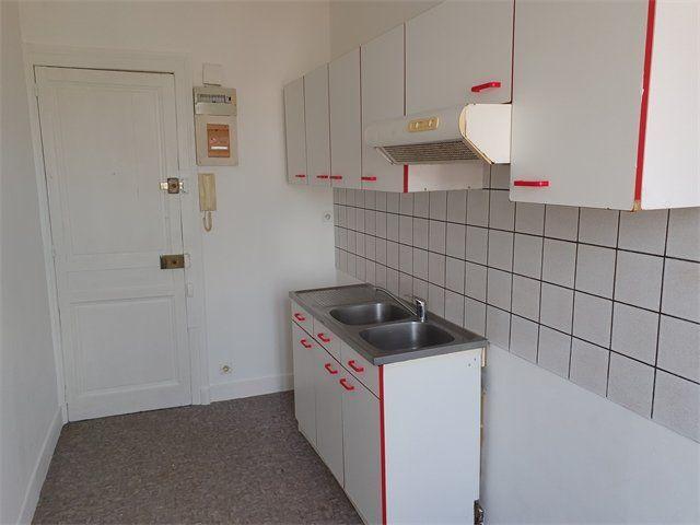Appartement à louer 2 33.85m2 à Le Havre vignette-2