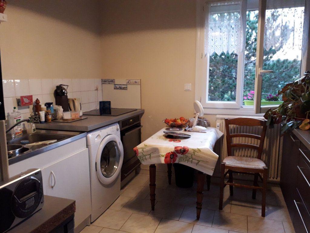 Appartement à vendre 3 62.66m2 à Pont-Audemer vignette-2