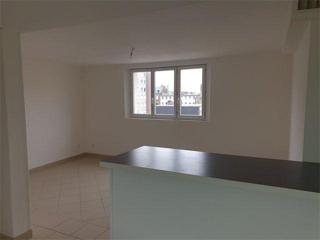 Appartement à louer 3 46.31m2 à Le Havre vignette-1