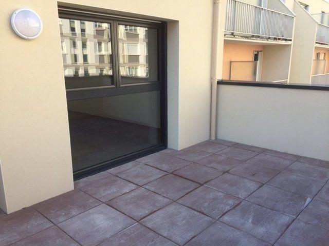 Appartement à louer 3 71.09m2 à Le Havre vignette-2