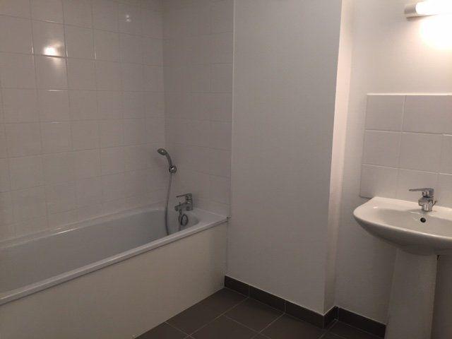 Appartement à louer 3 71.09m2 à Le Havre vignette-5
