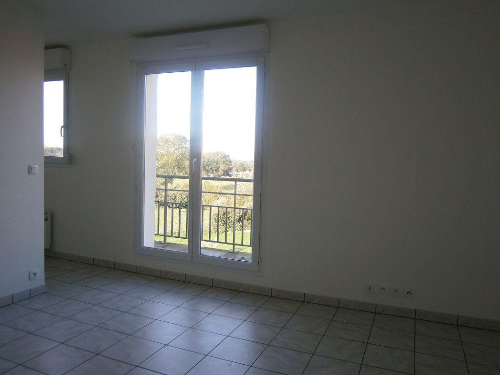 Appartement à vendre 2 46.9m2 à Beuzeville vignette-1