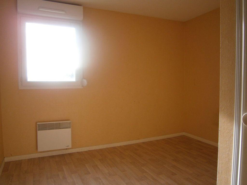 Appartement à vendre 2 46.9m2 à Beuzeville vignette-5