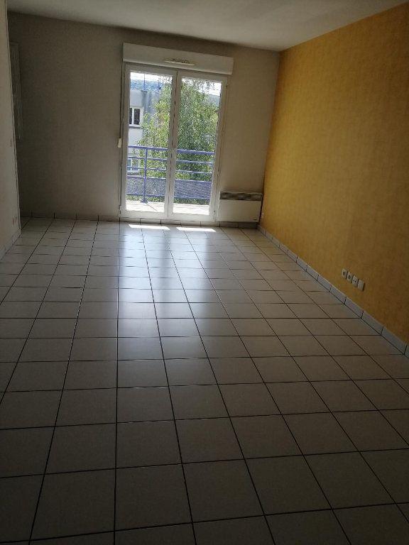 Appartement à louer 2 48.72m2 à Pont-Audemer vignette-2