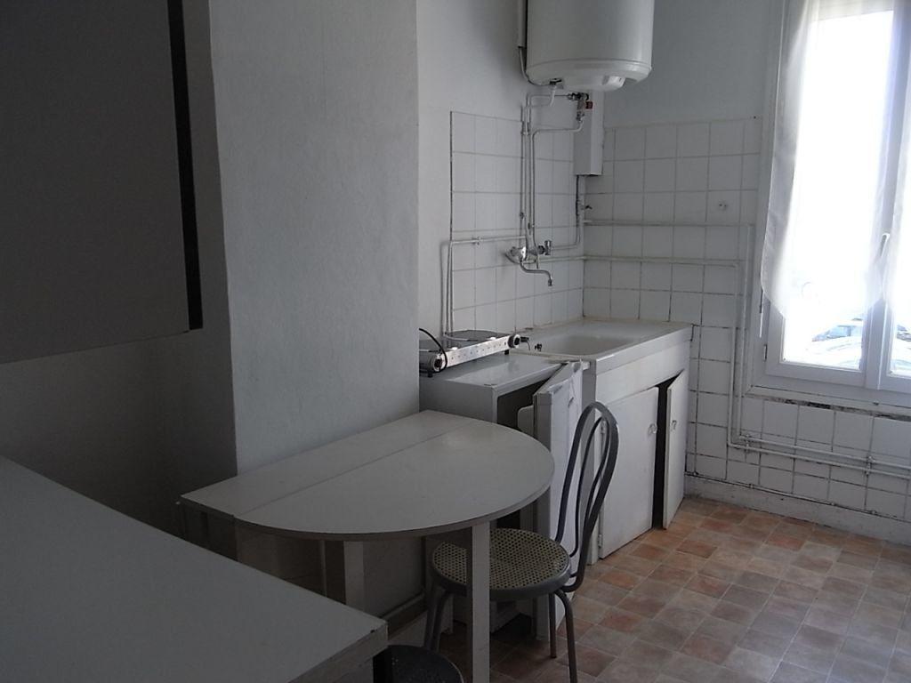 Appartement à louer 1 27.41m2 à Le Havre vignette-3