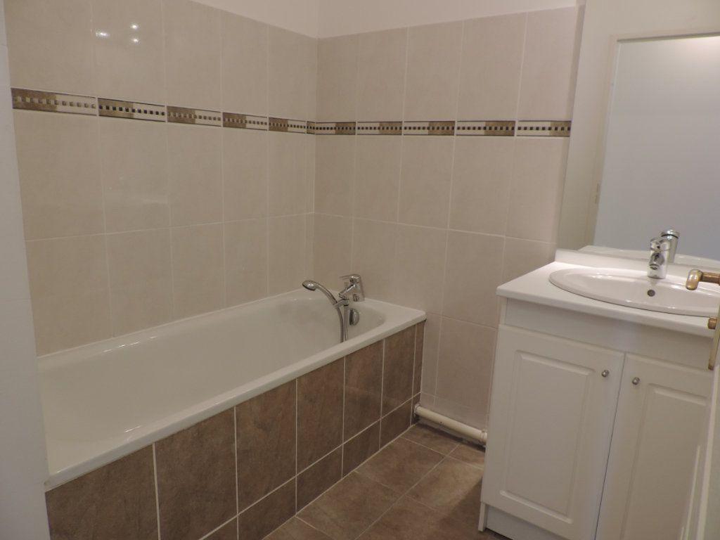 Appartement à vendre 4 82.28m2 à Le Havre vignette-2