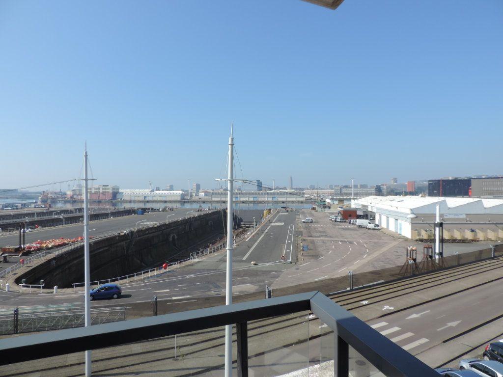 Appartement à vendre 4 82.28m2 à Le Havre vignette-4