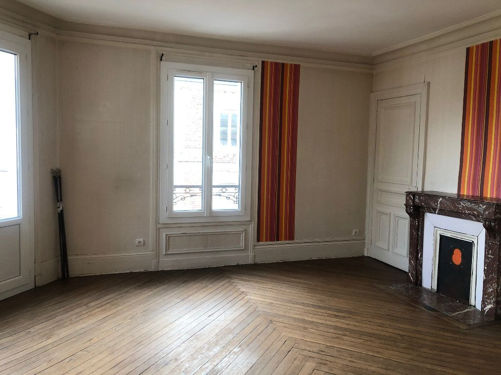 Appartement à louer 4 71.12m2 à Le Havre vignette-1